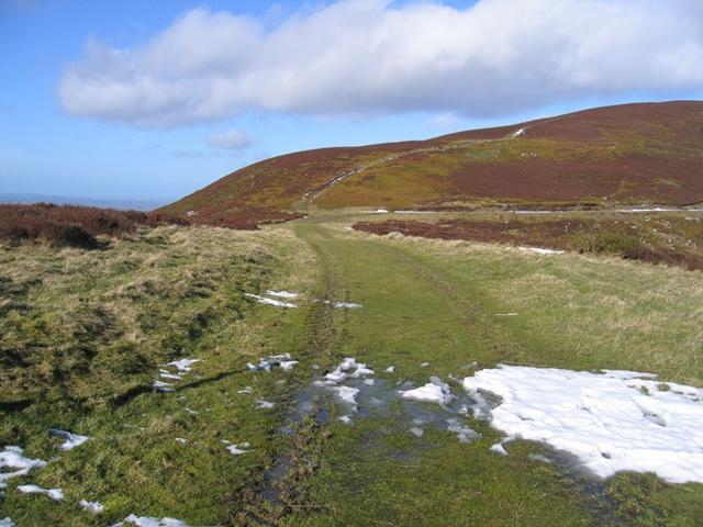 Track to Garreg Lwyd