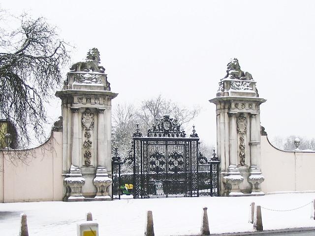 Lion Gate of Hampton Court Park