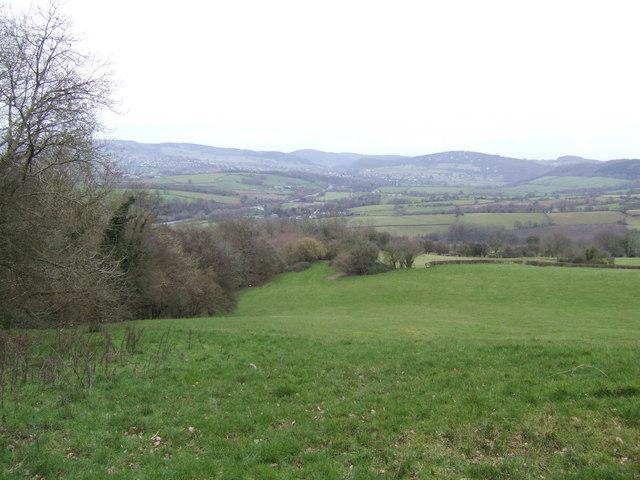 Craig-y-dorth; view north-east