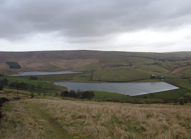 Castleshaw Upper and Lower Reservoirs