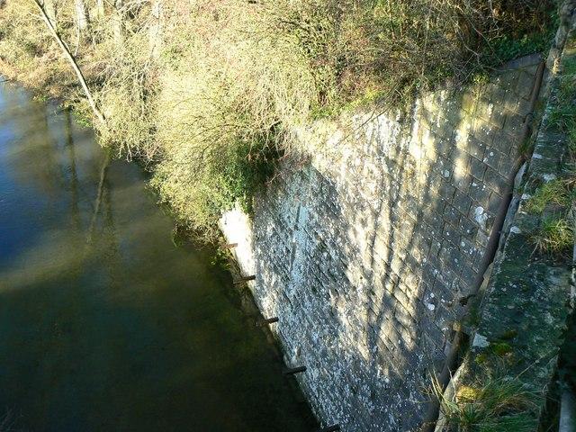 Bridge abutment, bridge over the Kennet at Marlborough