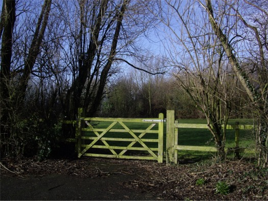 Gate to The Delph, Melling