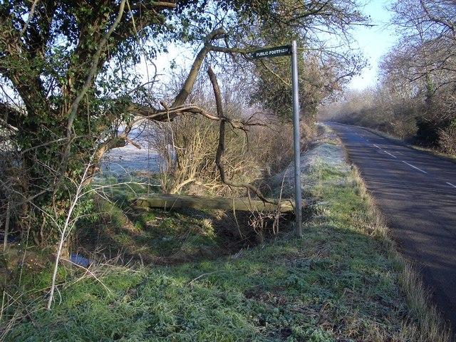 Footpath & Bridge from Harrold-Lavendon Road