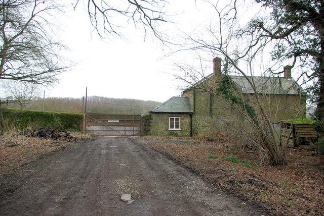Limbo Lodge and Gate, Petworth Estate