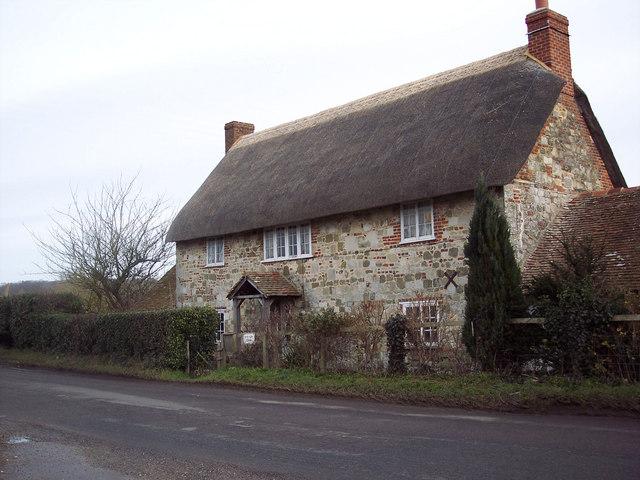 Avon Farm Cottage near Stratford sub Castle