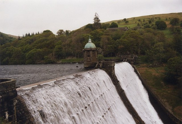 Dam at Penygarreg Reservoir