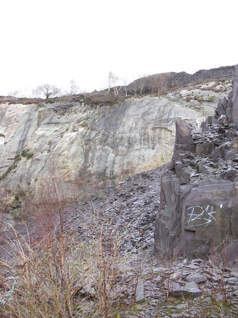 The north-eastern corner of the upper pit of Glynrhonwy Lower