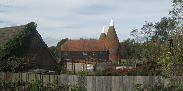 Kipping's Cross Oast, Hastings Road, Brenchley, Kent