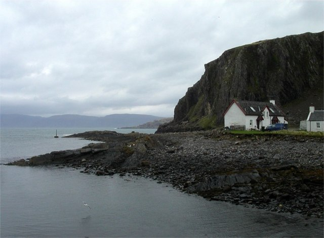 Rocky foreshore at Easdale, Seil Island