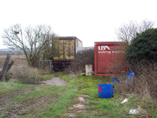 Containers used for storage near Winterbourne Dauntsey