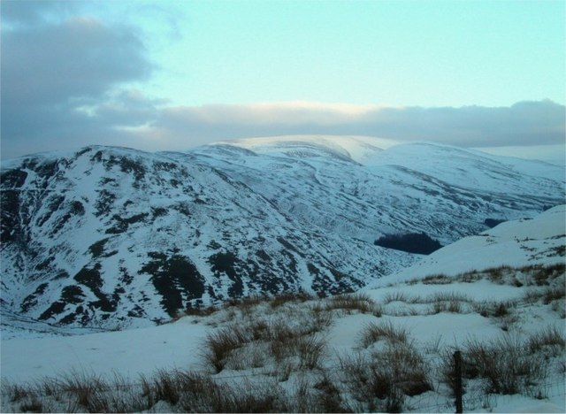 Wintry evening over Devil's  Beef Tub