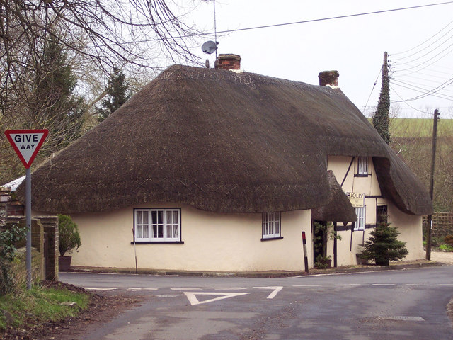 Thatched cottage in Idmiston