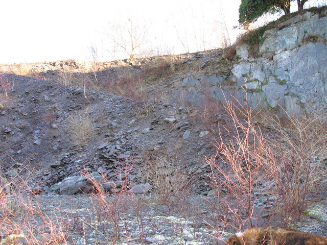Sideways view of the  top-most pitch of the MOD road into the upper pit of Glynrhonwy Lower  Quarry