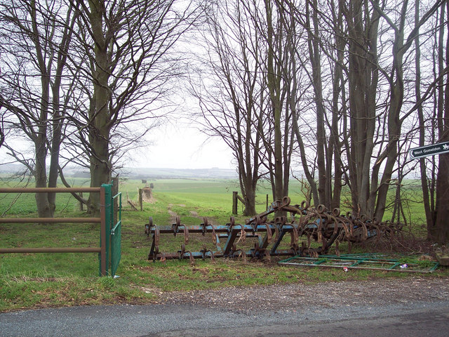 Bridleway to West Gomeldon