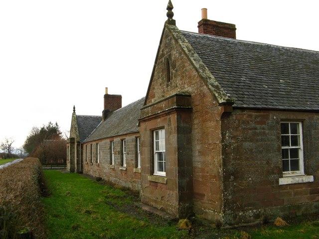 Farm cottages, Blackadder Mount