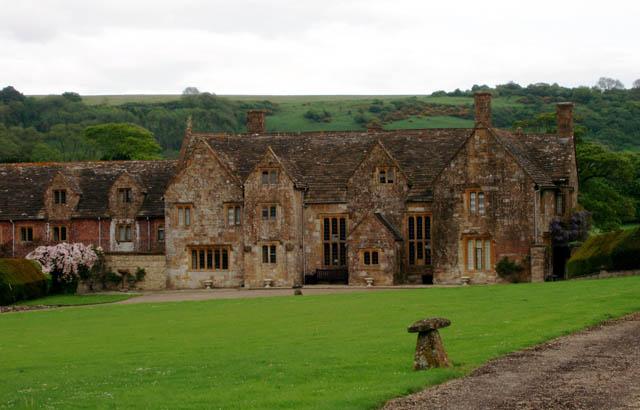 Up Cerne Manor