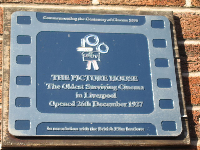 Plaque on Woolton Picture House
