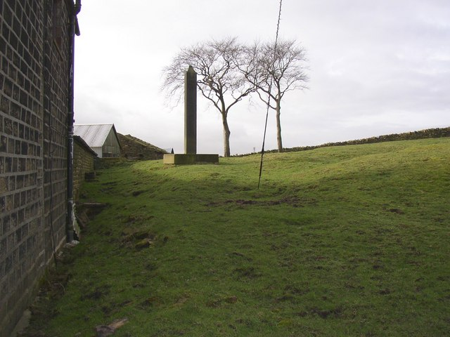 Haigh Cross, Lindley cum Quarmby