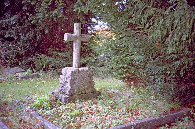 Lockinge Cemetery with Gravestone