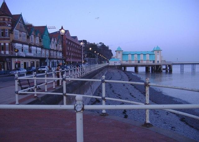 The pier, Penarth