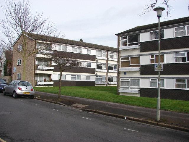 Flats in Latimer Road, Headington