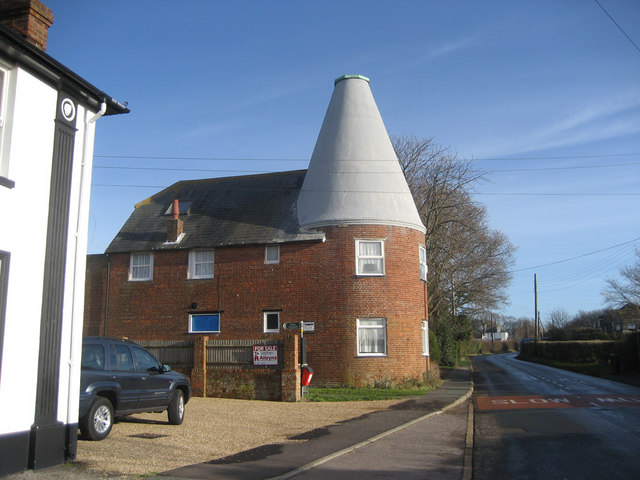 Tyle House Oast, Stocks Road, Wittersham, Kent
