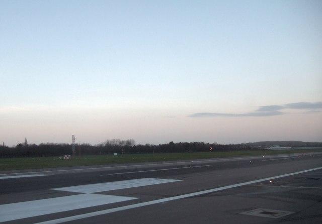 Gatwick Runway 26L