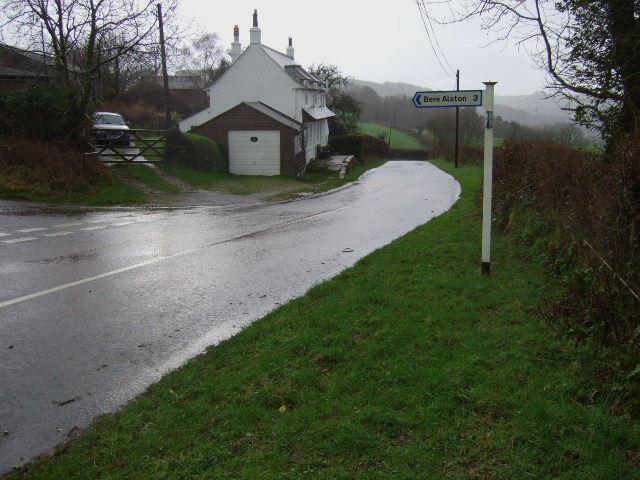 Top Morwell Farm