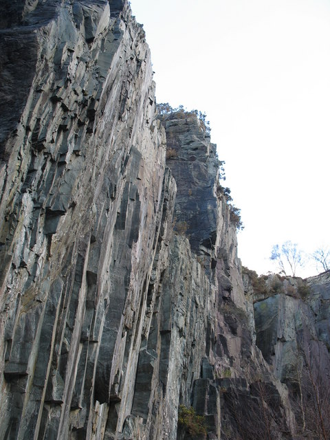 Western rock face of the igneous bar at the upper pit of Glynrhonwy Lower Quarry