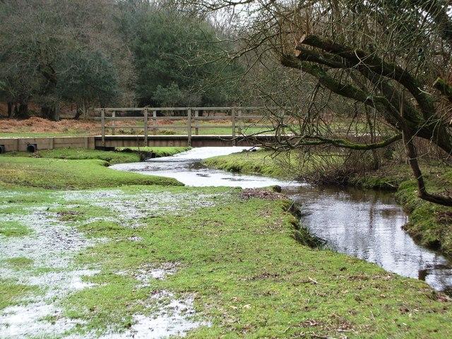 Footbridge over Dockens Water