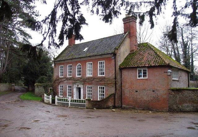House opposite St Mary's Church, Little Walsingham, Norfolk