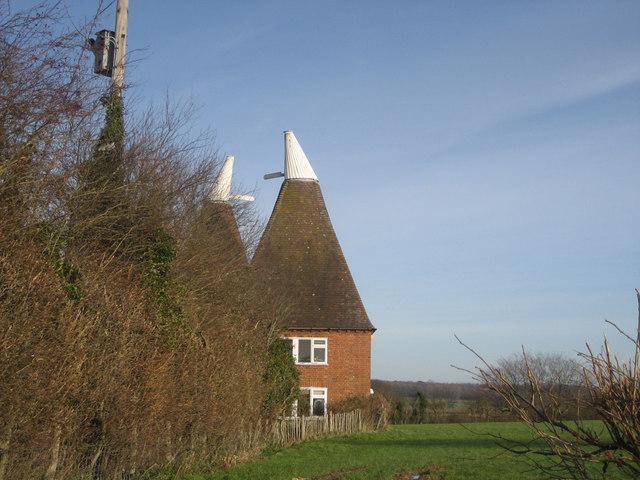 Hillgate Oast, Maytham Road, Rolvenden Layne, Kent