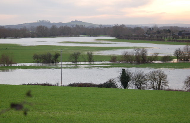 River Thame flooding adjacent fields
