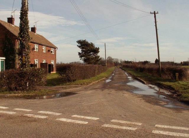 Road to Villa Farm