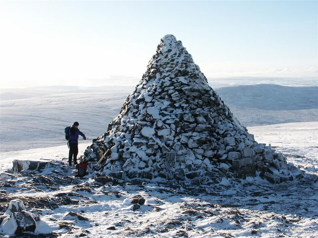 The  Cairn on Cairn Table
