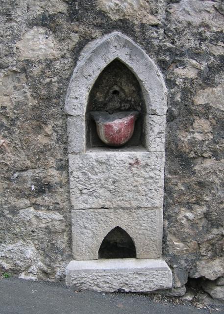 Redundant Water Fountain