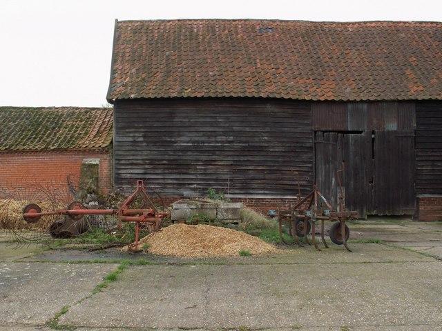 Old barn at Poplar Farm
