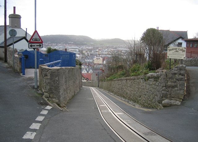 Old Road and Tramway