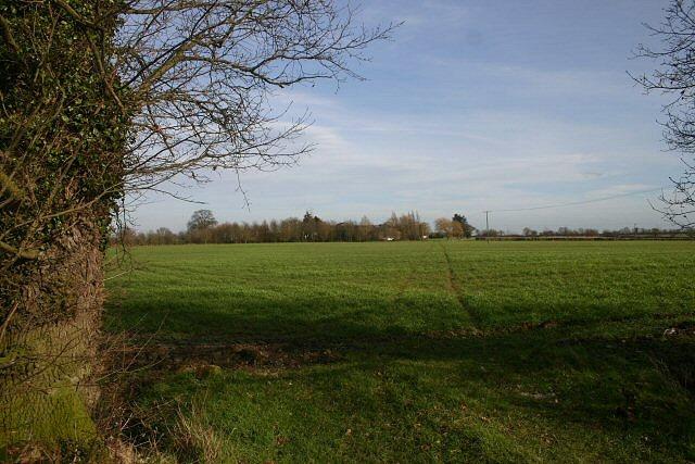 Footpath to Westhorpe Lodge Farm