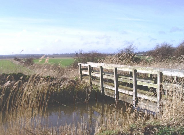 Footbridge over The Delf, south-west of Sandwich
