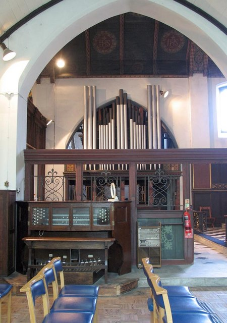 St Alban, Westcliff-on-Sea, Essex - Interior