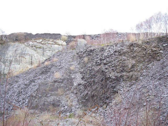 East wall of the upper pit of Glynrhonwy Lower Quarry