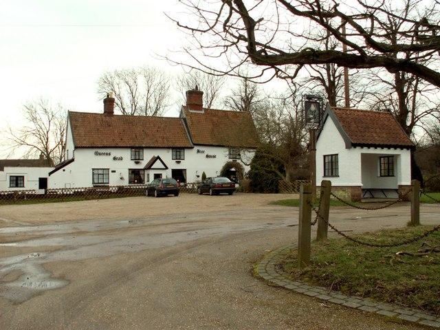 'Queens Head' inn