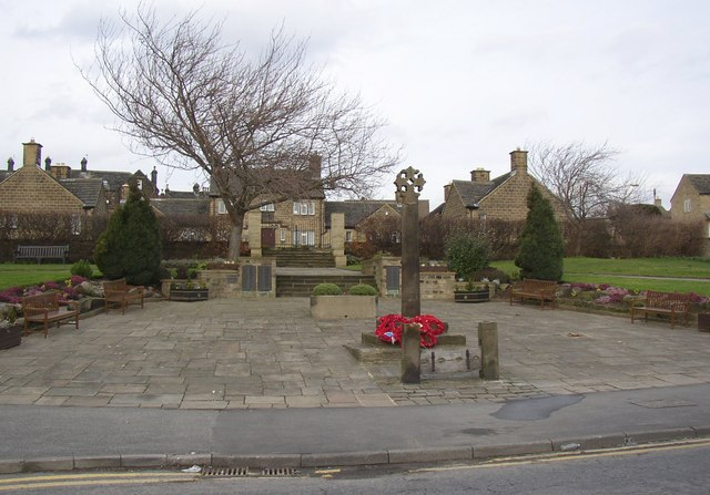 War Memorial, Town Gate, Guiseley