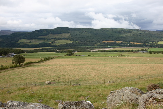 Fields north of Upper Balchandy