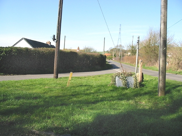 Junction of Scot's Lane and Fiddling Lane