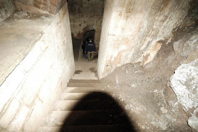 Scraesdon Fort - Steps down to lower Gun Embrasures