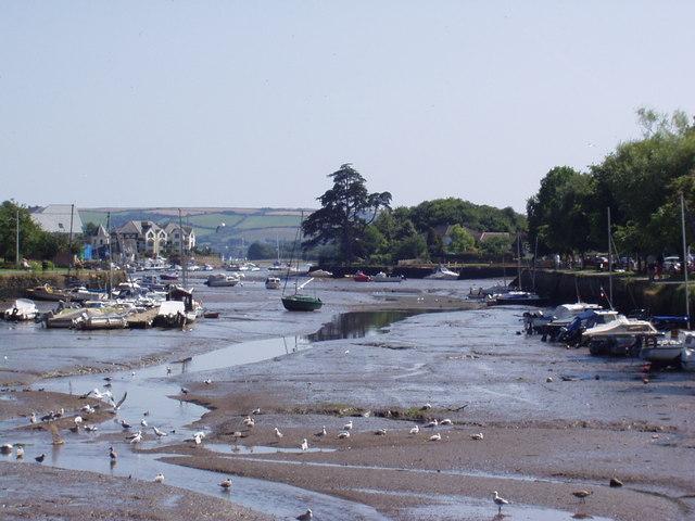 Kingsbridge Quay at low tide