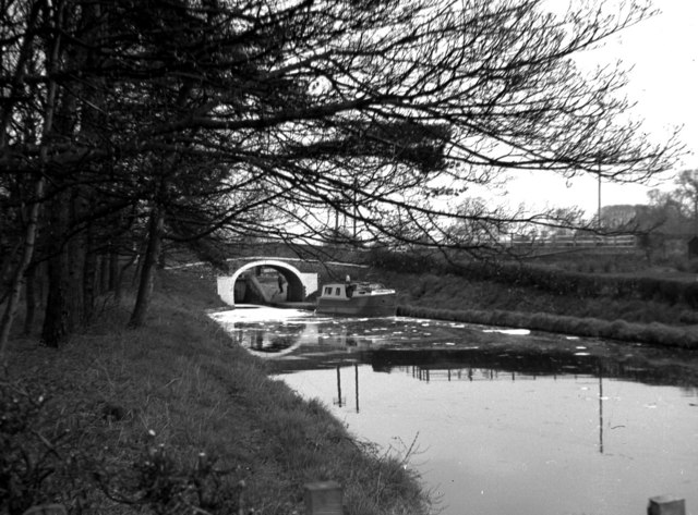 Tyrley Bridge and top lock, Shropshire Union Canal