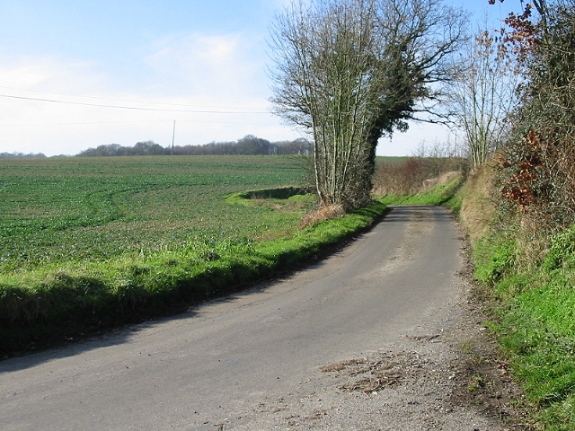 Tapleys Hill from junction with School Lane